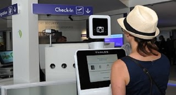 Facial recognition machines tracking travelers at US border